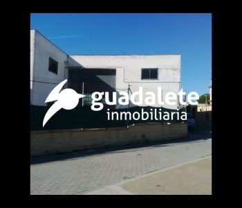 Nave Industrial en Avenida de Valencia
